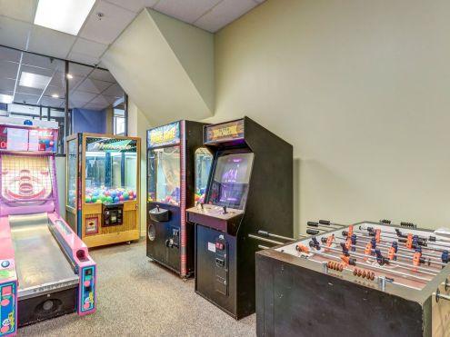 Arcade.1